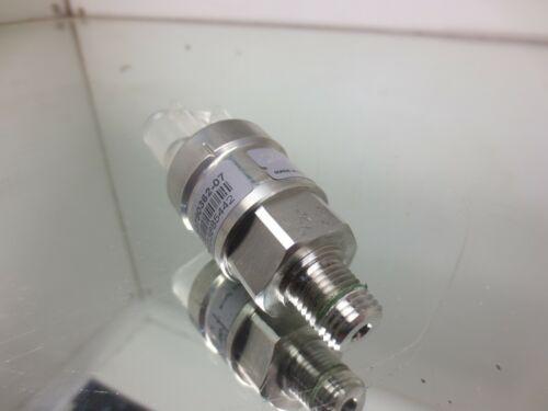 DANFOSS AKS 1008   060G593505   X13790362-07   PRESSURE TRANSDUCER