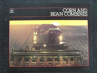 1984 1985 John Deere 4420 6620 7720 8820 Titan Corn Bean Combine Brochure Minty