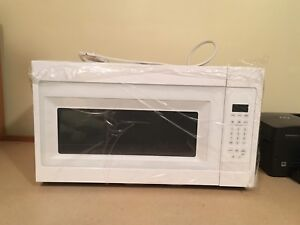 Microwave hood combination BRAND NEW