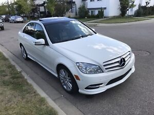 GREAT CONDITION 2011 Mercedes C250 NEEDS TO GO