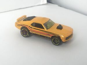 Diecast hot wheels ford mustang mach 1 (1/64th scale)