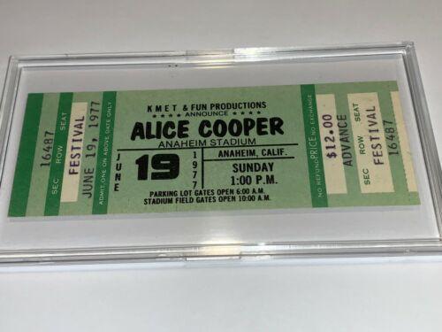 ALICE COOPER The Kinks Tubes 1977 VINTAGE UNUSED CONCERT TICKET ANAHEIM STADIUM