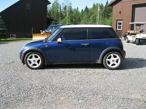 2003 MINI Cooper Coupe (2 door)
