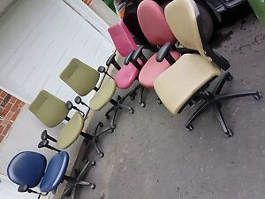 LOT of 6 Bouty Ergonomic Office Chairs