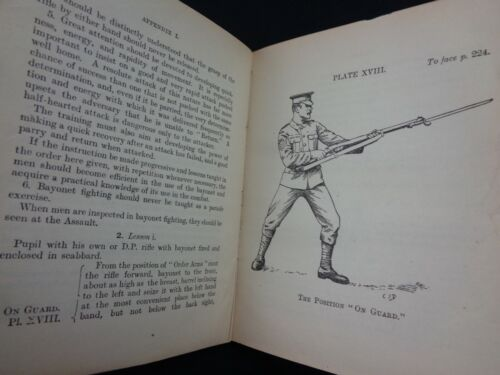 """WW1 (1914) British """"INFANTRY TRAINING"""" MANUAL - VERY EARLY (Printed AUGUST 1914)"""