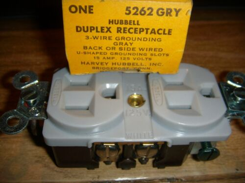 HUBBELL WIRING DEVICE-# 5262 15A Duplex Receptacle 125VAC 5-15R GRY