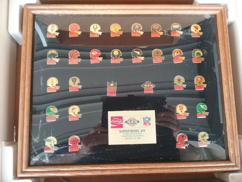 1985 COCA COLA LIMITED EDITION NFL SUPER BOWL PIN SET (30) - Never out of box