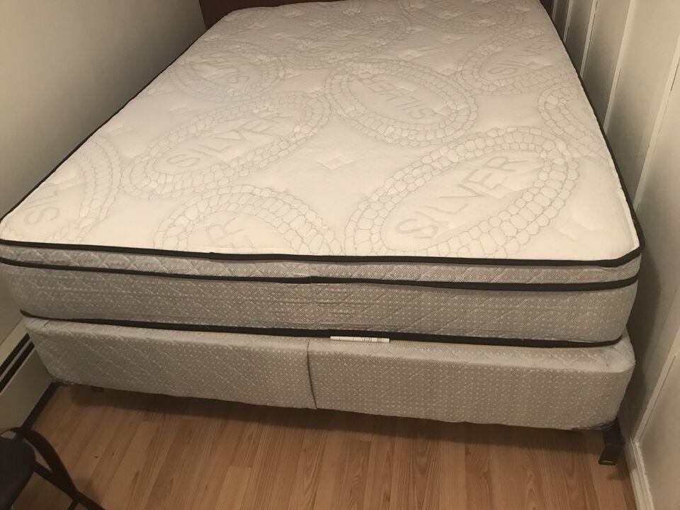 used queen mattress. Interesting Mattress Listing Item With Used Queen Mattress G