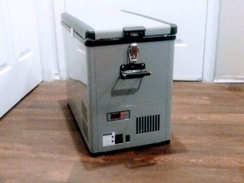 Whynter Elite 1.5 Cu. Ft. Compact Refrigerator FM-452SG