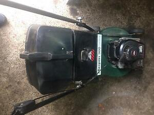 Masport lawn mower Alloy Base 4 stroke near new blades Wantirna South Knox Area Preview