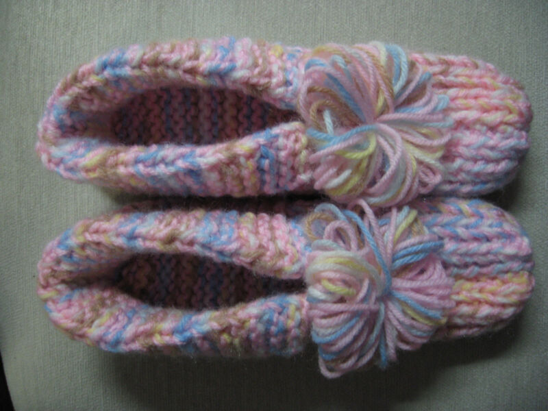 """Handmade Pink/Pastels Slippers w/Cuffs Mens Sm/Med Wms Med/Lg Great Gift 9 1/4"""""""