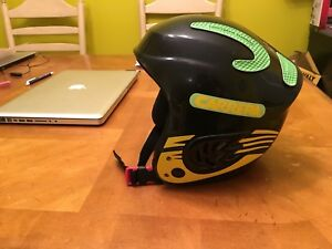 Ski snowboard helmet