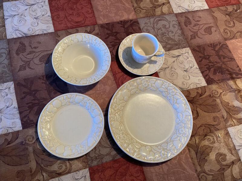 "8 Place Settings Vintage Vernon Ware By Metlox ""Antigua"" Pattern"