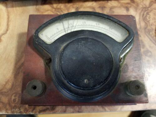 Vintage HOYT Voltmeter