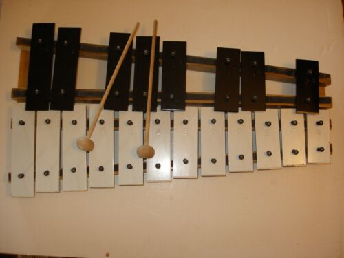 "Kitching ""Educational Model"" Xylophone - W/O case"