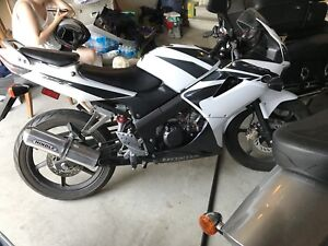 Honda CBR125  *low mileage*