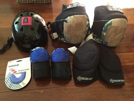Roller derby helmet, knee pads & gaskets, elbow pads & mouthguard