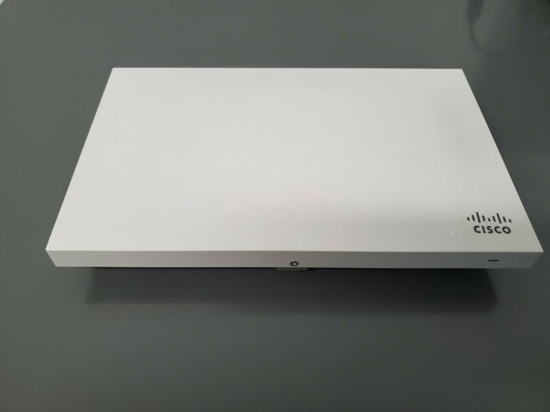 Cisco Meraki MR42-HW Cloud Managed Wireless Access Point - Unclaimed - W/ Mount