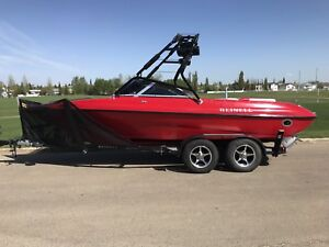 2007 Reinell Open Bow Boat