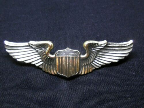 US Army Air Force Pilot Wing,Sterling Pin back badge, made by Amcraft  Mass.