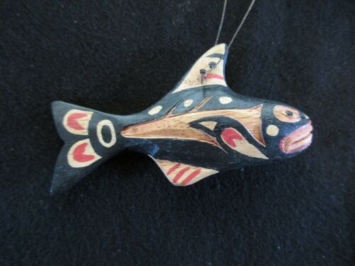 CLASSIC NORTHWEST COAST DESIGN, 1 HAND CARVED WHALE WOODEN ORNAMENT  WY-04704