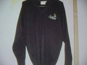 southport high school knitted jumper like new worn once Labrador Gold Coast City Preview