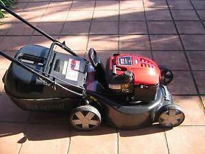 Wanting to buy unwanted lawn mowers Patterson Lakes Kingston Area Preview