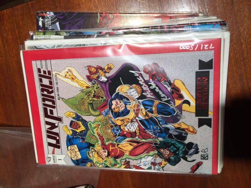 Random Lot Of 32 Comics