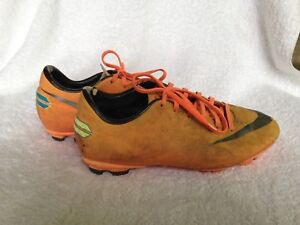 Soccer Cleats, Nike Mercurial, Size 3 1/2