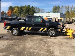 Ford F-350 super duty 4x4 diesel