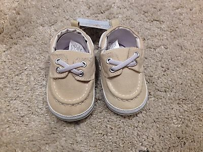 Luvable Friends Baby Booties Beige 6-12 months - brand new with tags
