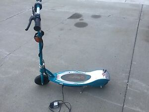 E200 Teal Electric Scooter