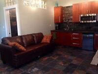 Cozy Furnished Carriage House East Trail March 1st