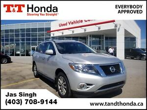 2014 Nissan Pathfinder SL **Heated Seats, Heated Steering Whe...