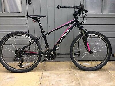 "Specialized Hotrock 24 Kids mountain bike. 24"" wheels, 13""/xs A1 Aluminium frame"