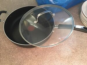 good condition frying pan
