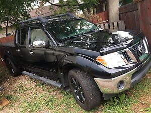 2011 Nissan Frontier SL 4x4 Loaded OBO