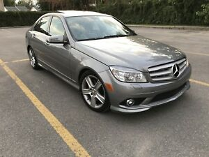 Mercedes-Benz C300 4MATIC 68000km REDUCED