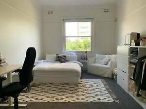 Large double room for rent on Manly beach