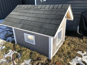 Fully insulated doghouse for sale