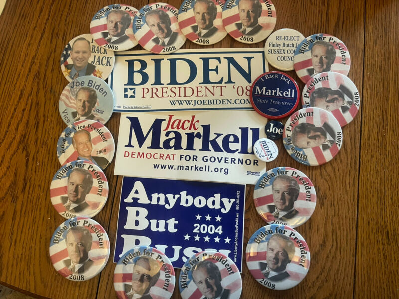 Lot Of 20 Delaware Democrat Campaign Buttons 2004 - 2008 Joe Biden For President