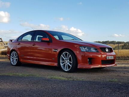 2006 SS V Commodore - 6L 6speed manual