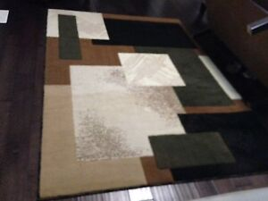 5to 7FEET CLEAN AREA RUG