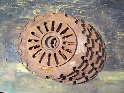 1 Vintage Cast Iron Ih Planter Plate 3329a International Harvester Lot N5