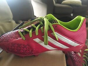 Adidas Soccer cleats size US 5 youth