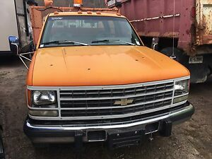 Chevy dually  (REDUCED)