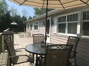 3 bedroom cottage at Lake Huron, between Grand Bend/Bayfield