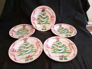 Christmas plates Mount Colah Hornsby Area Preview