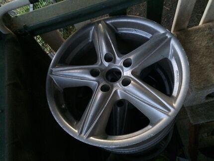 Commodore clubsport wheels rims 17x8
