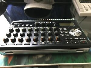 TASCAM Pocketstudio DP-008
